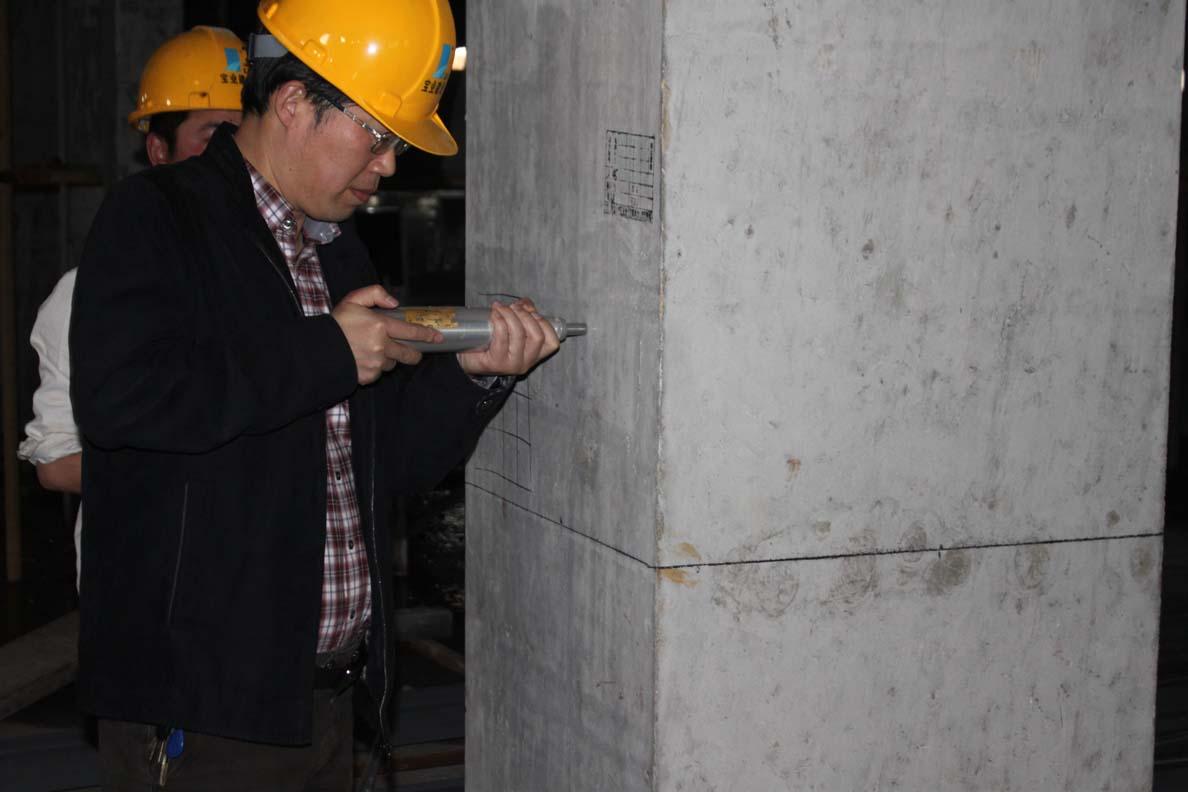 喜临门家具制造基地海绵切割车间通过地下室结构验收